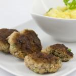 Fleischküchle deluxe mit Kartoffelsalat